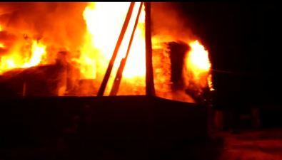 Ночью вНово-Александровске наулице Северный Городок сгорел жилой дом