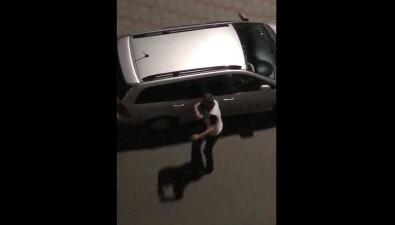 Нетрезвый мужчина попрыгал почужим машинам вХолмске