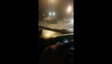 На проспекте Мира вЮжно-Сахалинске столкнулись седан ипогрузчик