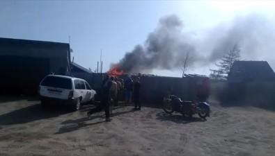 Жители села Тунгор тушили пожар своими силами из-за нехватки профессионалов