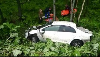 Toyota Belta улетела вкювет врайоне Мицулевки, попытавшись уйти отлобового столкновения сLand Cruiser