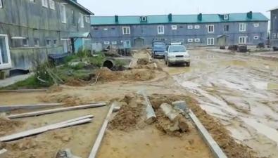 Жильцы трех домов вселе Валутопают вгрязевом благоустройстве