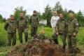 Поисковики установили памятные таблички наместах гибели изахоронения военных летчиков вМакаровском районе