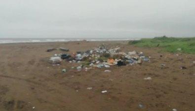 Сахалинец обнаружил напобережье вПоронайском районе несанкционированную свалку