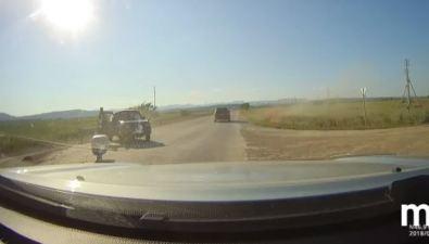 Грузовик протаранил Suzuki Jimny наобъездной наТроицкое
