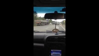КамАЗ иNissan Safari столкнулись надороге Южно-Сахалинск— Долинск