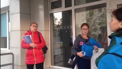 Южносахалинка несмогла взять талон вдетскую стоматологию из-за списка сочередью из84 человек