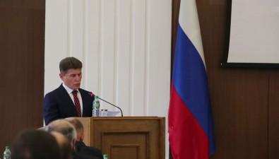 Прощальная публичная встреча Олега Кожемяко наСахалине длилась 10 минут