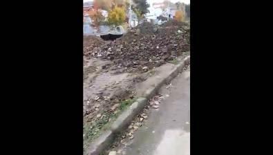 Жильцы трех домов поулице Горной рискуют войти взиму сраскопанным двором