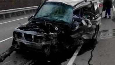 Водитель Suzuki Escudo столкнулся сКамАЗом вМакаровском районе