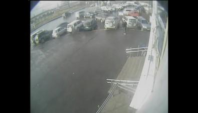 Возле здания Пенсионного фонда вЮжно-Сахалинске произошло ДТП