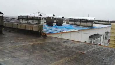 Квартиры дома №3 наулице Гагарина вНогликах затопило из-за ремонта крыши