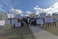 Пикет взащиту косаток провели вЮжно-Сахалинске