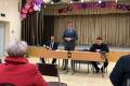 Мэр Анивы обсудил сжителями Высокого иОгоньков ихпроблемы ижелания