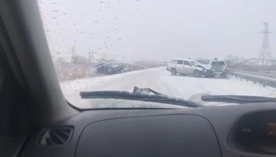 В пригороде Южно-Сахалинска столкнулись шесть автомобилей