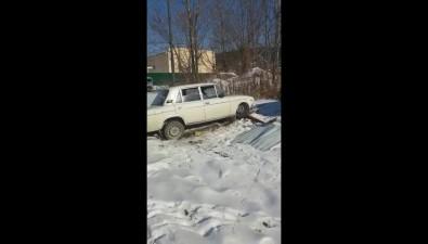 """В Южно-Сахалинске ищут угонщиков """"Жигулей"""", которые неподлежат восстановлению"""