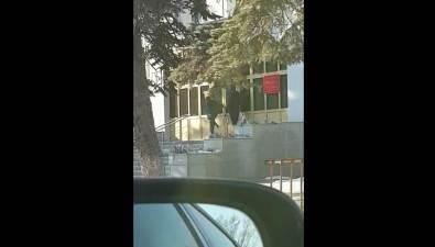 Неизвестные пытались штурмовать здание сахалинского Арбитражного суда