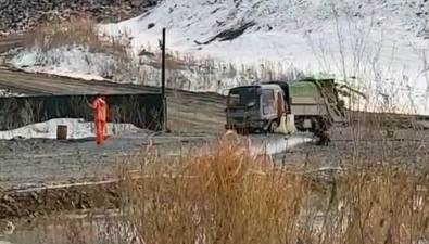 Мойка колес неспасает дороги Южно-Сахалинска отгрязи сосвалки