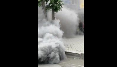 KIA Sorento задымила улицу Ленина вЮжно-Сахалинске