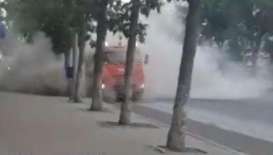 Южносахалинцы рискуют заблудиться, задохнуться изапылиться вовремя уборки улицы Ленина