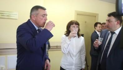 """Лимаренко выпил заздравие в""""Синегорских минеральных водах"""" идал надежду нановый корпус"""