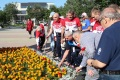 Участники заплыва Сахалин— Хоккайдо возложили цветы кпамятнику Геннадию Невельскому