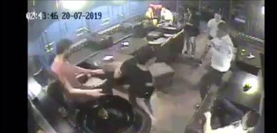 Зампред ПСОили неон: всеть попало видео драки вюжно-сахалинском кафе