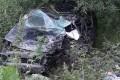 Легковушку уничтожило после столкновения сбензовозом накорсаковской трассе
