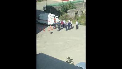 В Южно-Сахалинске погиб сотрудник ГИБДД, выпавший изокна наместе работы