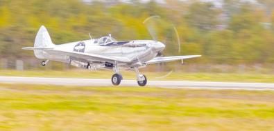 Красивый, какрояль: истребитель 1943 года прилетел изЛондона наСахалин