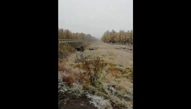 В Смирныховском районе выпал снег