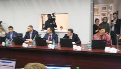 Сергей Надсадин второй разизбран мэром Южно-Сахалинска