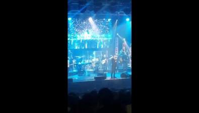 Emin подарил южносахалинцам концерт иобъятия