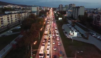 Южно-Сахалинск встал утром ивечером