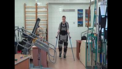 Экзоскелет поможет сахалинцам снова научиться ходить после инсультов иЧМТ