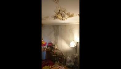 Жители дома вХолмске пытаются избавиться отпотопов вквартирах ужевосемь лет