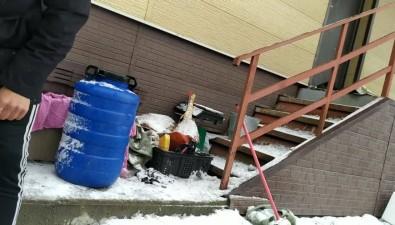 Из дома тымовского чиновника вЮжно-Сахалинске торгуют крабом