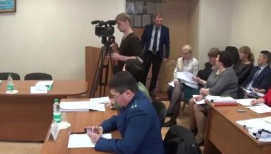 Внеочередная сессия холмского собрания сорвана из-за неявки депутатов