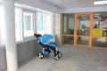В городской детской поликлинике Южно-Сахалинска открыли колясочную