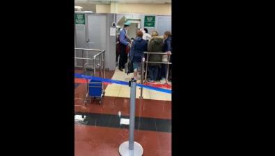 Сахалинских туристов изТаиланда дома встретили ведра итазы