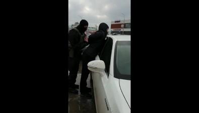 Полицейские задержали двоих невельчан, подозреваемых вразбойном нападении нажителя Калининграда