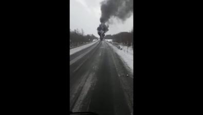В районе Леонидово сняли горящую фуру