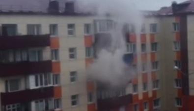 В Корсакове ликвидировали возгорание вмногоквартирном доме
