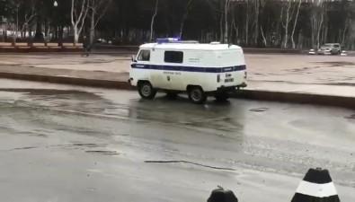 В Охепрошли множественные одиночные пикеты вподдержку мэра Гусева