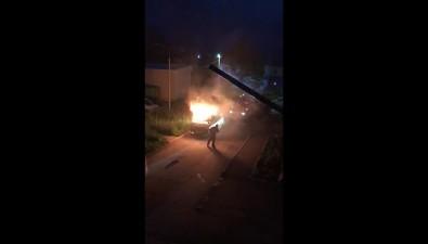 На улице Победы вХолмске потушили автомобиль