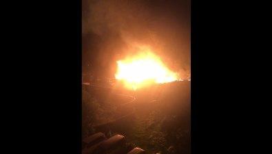 В Южно-Сахалинске сгорел армейский магазин