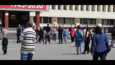 """Южносахалинцы """"покормили голубей"""" уздания правительства"""