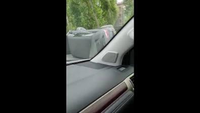 Микроавтобус перевернулся наперекрестке вЮжно-Сахалинске
