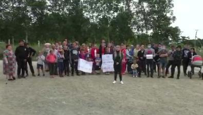 Жители Соловьевки вышли напикет из-за нарушенного властями обещания дороги