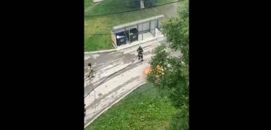 Евроконтейнер сгорел водном издворов Южно-Сахалинска